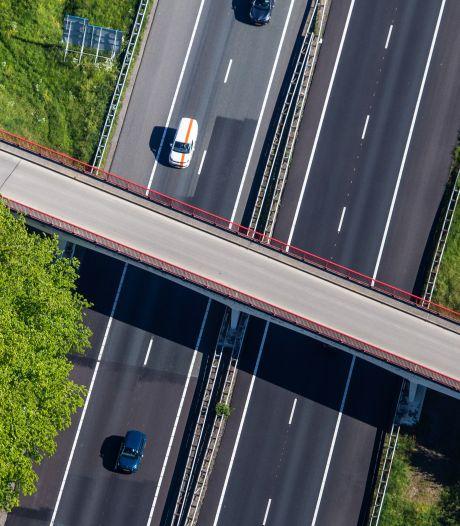 Viaduct over A29 bij Greup afgesloten: verkeer moet volgende week omrijden