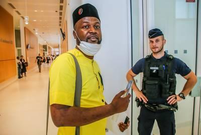 Activist Diyabanza die kunst steelt 'namens Afrika', vandaag voor de rechter