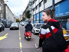 1-0 voor de fiets: auto aan de kant in de Hoogstraat