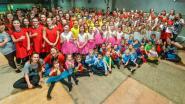 Dance Rouge treedt op in De Knippelaar