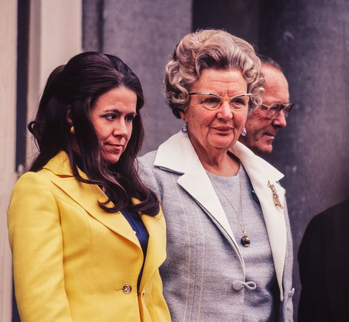 Prinses Christina, koningin Juliana en prins Bernhard tijdens Koninginnedag 1973.