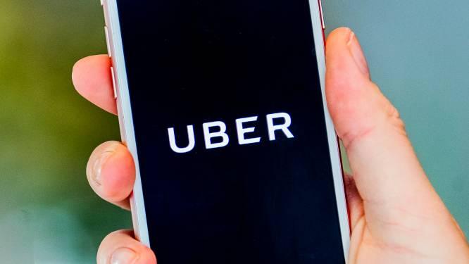 """Vier chauffeurs starten rechtszaak tegen Uber vanwege """"ontslag via algoritmes"""""""