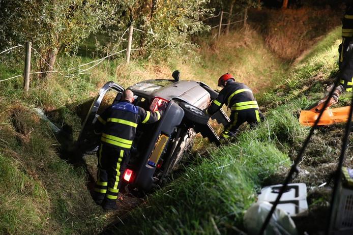 Auto in de sloot bij Heerle.