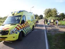 Wielrenner zwaargewond bij aanrijding op beruchte oversteek Abtswoude in Delft