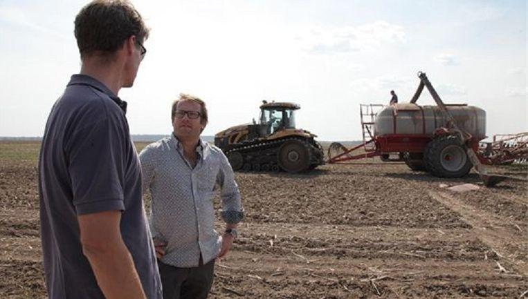 Patrick Lodiers (rechts) presenteert De Reünie. Beeld .