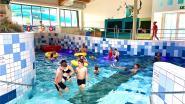 """Regenweer, dus vinden zwemmers meteen de weg naar het water: """"Conditie is minder, maar enthousiasme is groot"""""""
