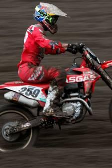 Motorcrosser Coldenhoff met gebroken rugwervels in ziekenhuis
