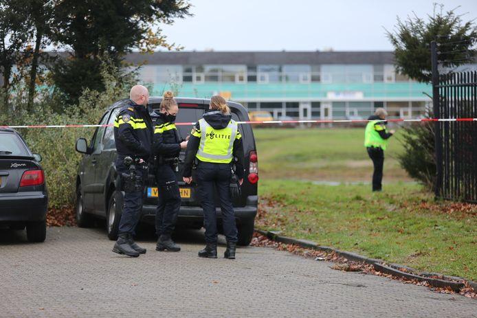 Op de Hogerwerf is Roosendaal is dinsdagochtend een dode man gevonden.