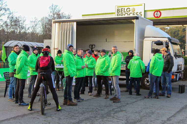 Bij BelgoProcess ging enkel het veiligheidspersoneel aan de slag.