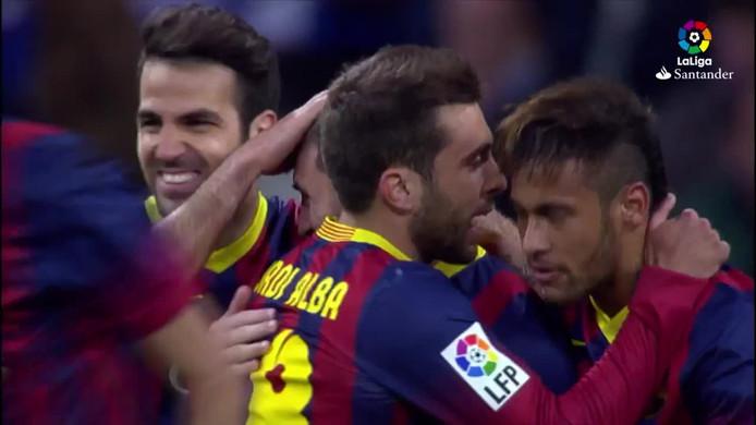Messi viert zijn hattrick.