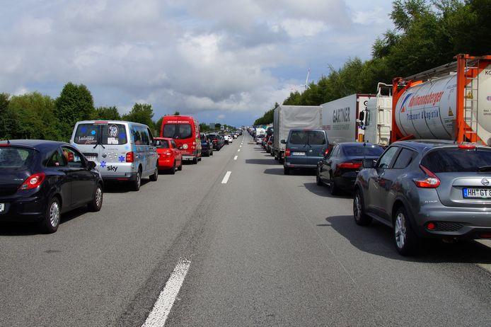 Lange files voor Karawankentunnel richting Slovenië.