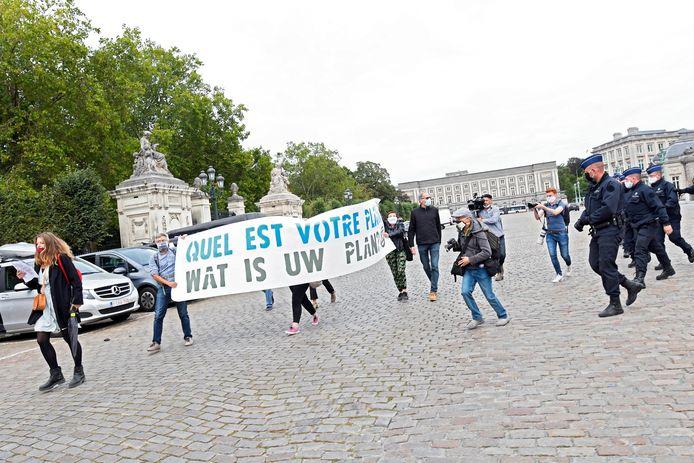 Beeld van een eerder protest van Extinction Rebellion aan het koninklijk paleis woensdag.