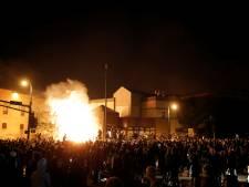 Mort de George Floyd: un commissariat incendié lors d'affrontements contre la police