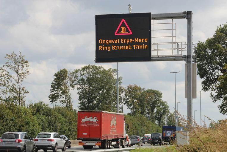 Ongeval E40 Erpe-Mere informatiebord infobord