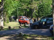 Auto slaat over de kop na botsing in Wassenaar