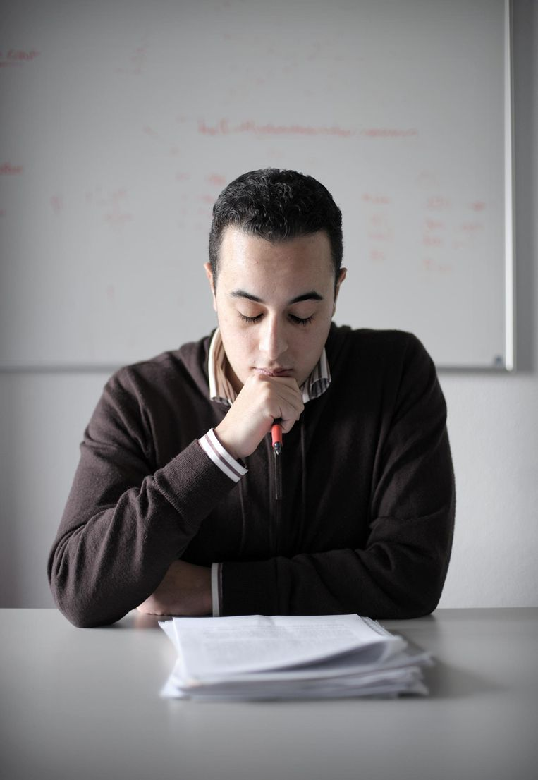 Socioloog Iliass El Hadioui Beeld Joost van den Broek/ de Volkskrant