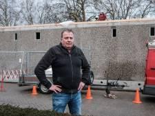Buurt Didam: te hoog relaisgebouw pal voor bungalows moet weg