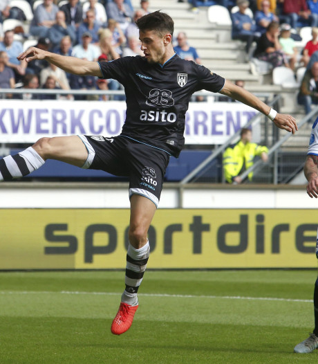 Heracles Almelo wint knotsgekke wedstrijd in Heerenveen: 3-5