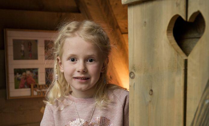 Q-koortspatiëntje Emma van der Pluijm uit Hank.