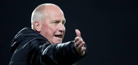 NEC-icoon Ron de Groot jarig: 'Wat ik hem geef? Eerder 75 dan 60 jaar. Ron was vroeg lelijk, hè'