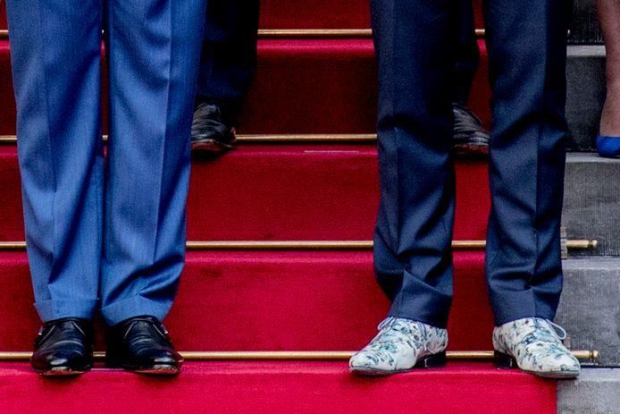 De schoenen van koning Willem-Alexander en vicepremier Hugo de Jonge.