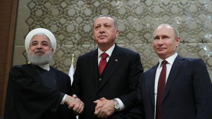 """Turkije, Rusland en Iran gaan voor """"duurzaam staakt-het-vuren"""" in Syrië"""