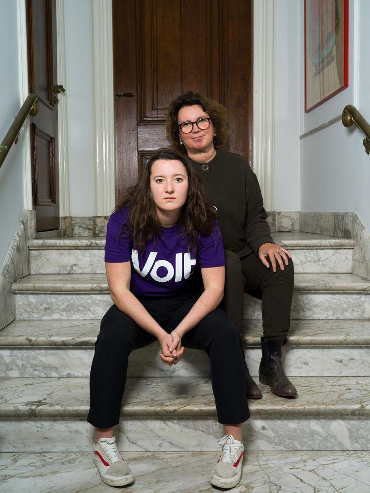 Birgitta Huibregtsen en dochter Bibi Wielenga Beeld Ivo van der Bent