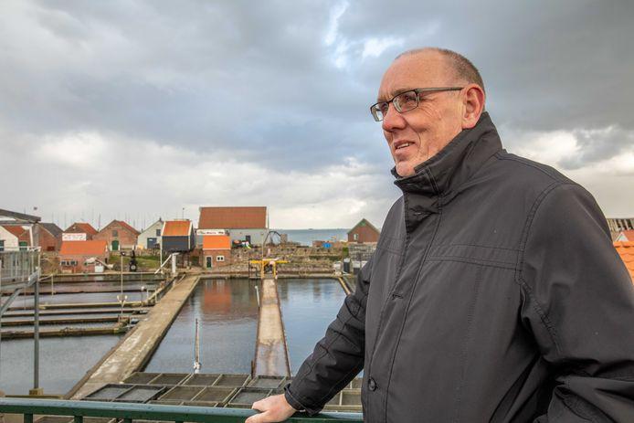 Wethouder Jaap Sinke blijft langer aan als wethouder van de gemeente Reimerswaal.