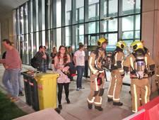 Studenten op straat door brandje in flat