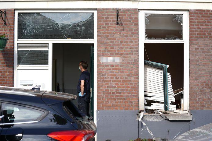De bomaanslag op een woning aan de Jagthuistraat richtte een enorme ravage aan.