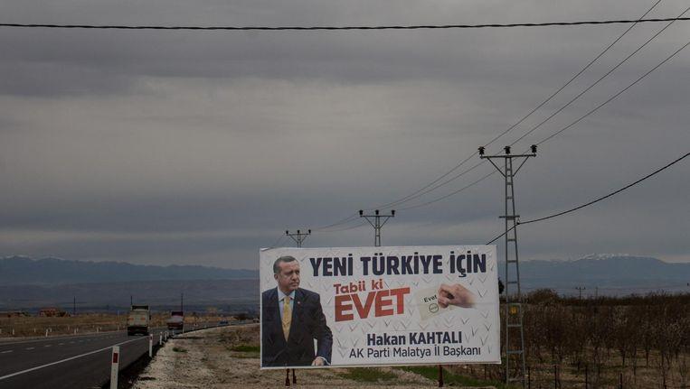 Oproep in Turkije om 'ja' te gaan stemmen voor de verkiezing van Erdogan tot president. Beeld getty
