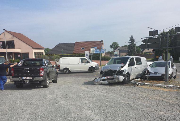 Drie Wagens Botsten Op N42 Ter Hoogte Van Schipstraat Herzele