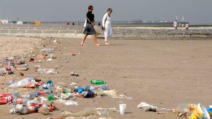 Kust verbiedt plastic bekers op strand