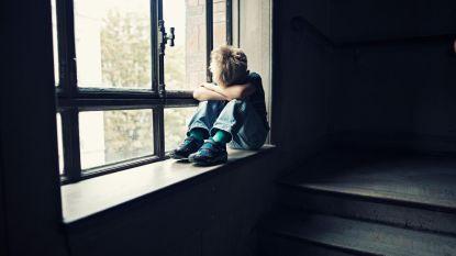 Man krijgt jaar cel en moet bij psychiater na jarenlange terreur van zijn dochtertjes