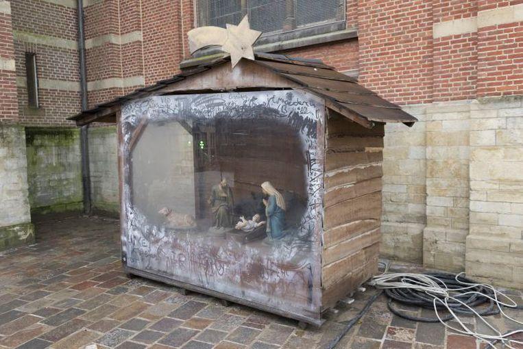 De kerststal hoe ze de voorbije jaren op het Gemeenteplein geplaatst werd.