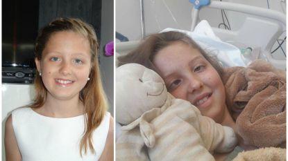 """Maithili (13) verliest strijd tegen zeldzame tumor: """"Voor altijd ons prinsesje"""""""