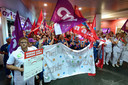 Medewerkers voeren actie bij Bravis.
