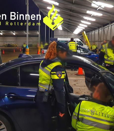 Grote verkeerscontrole in Dordrecht: 627 boetes en 30.000 euro aan belastingen geïnd