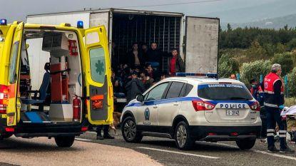 Weer 41 vluchtelingen uit koelwagen gehaald
