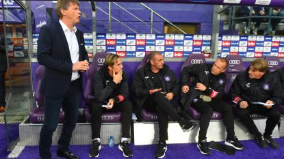 Football Talk. Minder assistenten op de bank van Anderlecht  - Sloveen fluit Genk-Liverpool