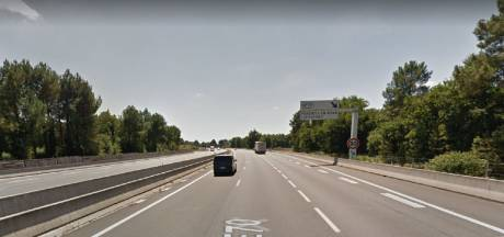 Bizar incident op Franse snelweg: Nederlandse toerist (61) gewond door verdwaalde kogel