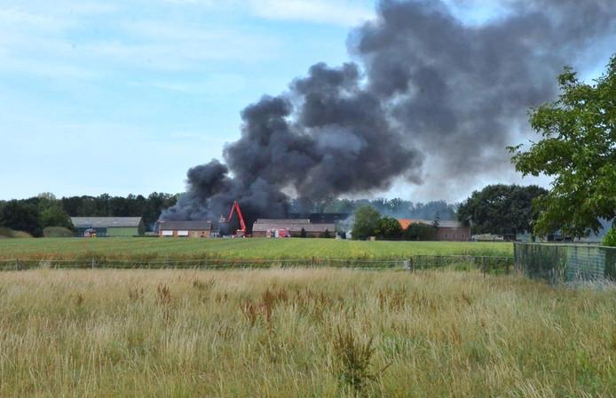 Grote uitslaande brand Steenbergen.