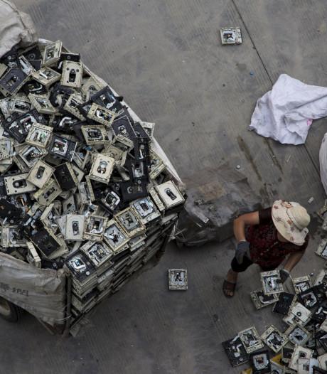 We produceren 44 miljoen ton elektronisch afval per jaar, maar recyclen doen we niet