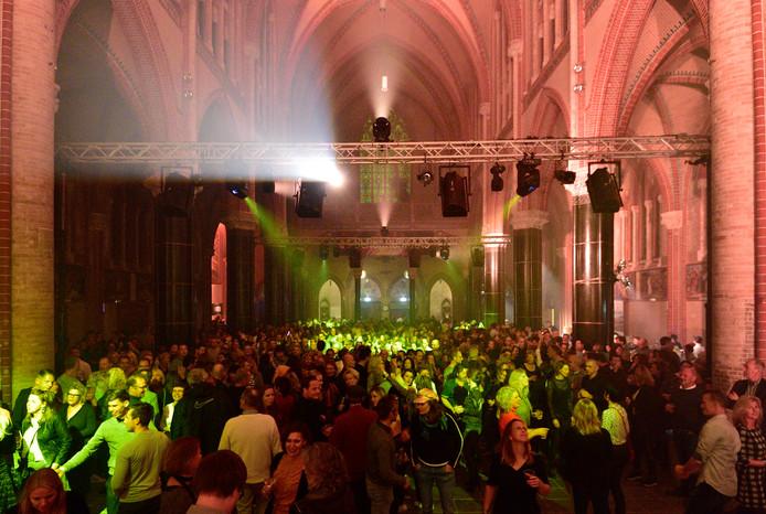 SensationKaas ging wel door in de Gouwekerk, maar de buurt ziet geen heil in nóg een dansfeest.