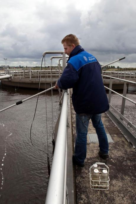 Waterschap slaat alarm: 'Steeds meer gif in rioolwater'
