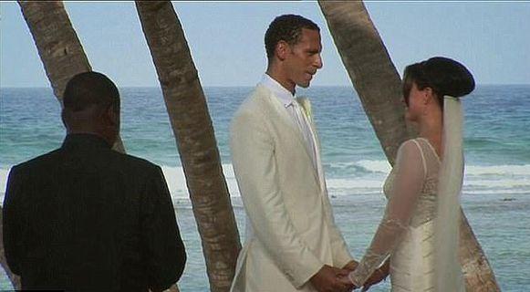 Rio en zijn vrouw Rebecca op hun trouwdag op de Caraïben in 2009.