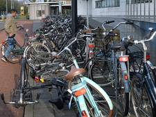 Onderzoek naar rondslingerende fietsen in Grave