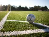 Afspraken moeten gewelddadige incidenten op Enschedese voetbalvelden voorkomen