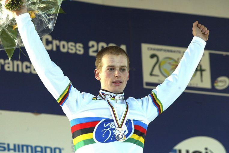 Pauwels werd in 2004 wereldkampioen bij de beloften.