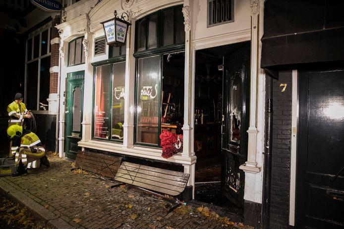 De schade bij Café 't Paleis is groot.